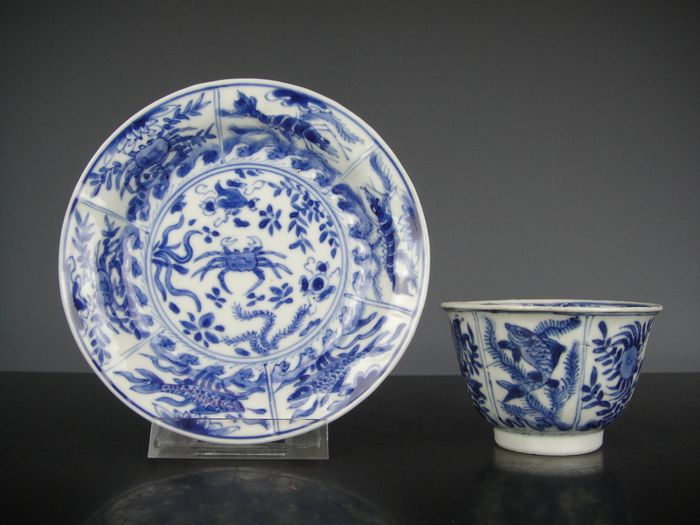 Cup and saucer - Blue and white - Porcelain - China - Kangxi (1662-1722)