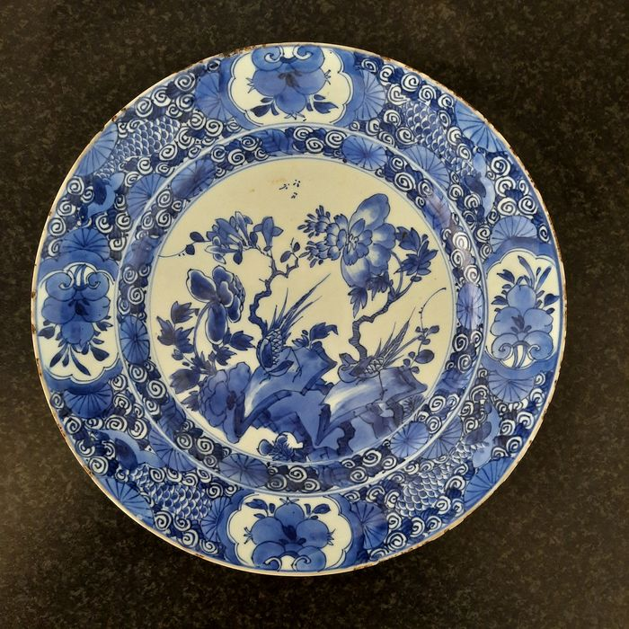 Plate (1) - Blue and white - Porcelain - floral and birds - China - Kangxi (1662-1722)