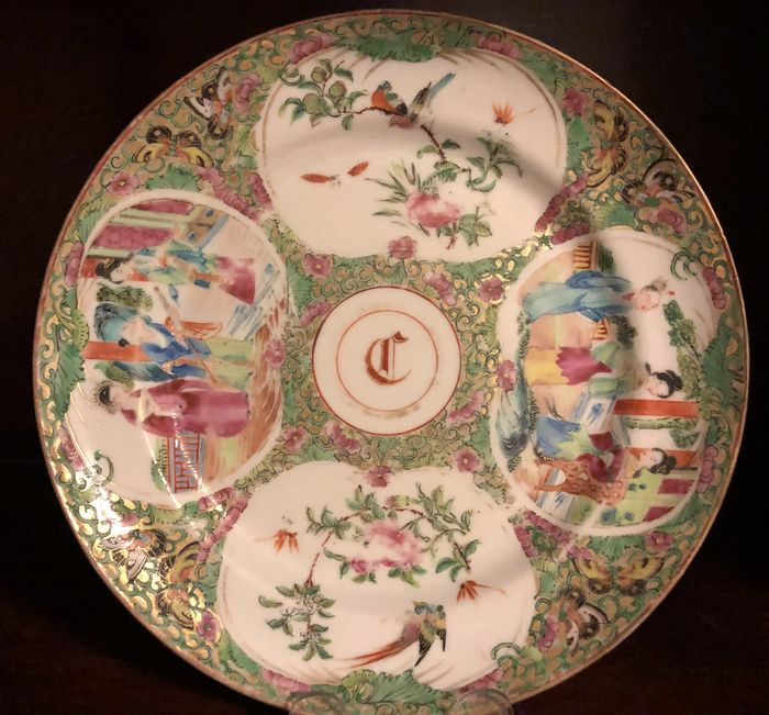 Plate (1) - Armorial porcelain, Chinese export - Porcelain - 19th Century Daoguang Era Canton Famille Rose Plate American Market RARE - China - 19th century