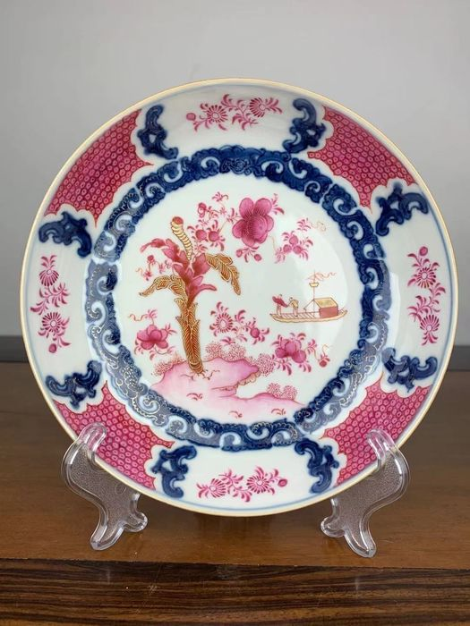 Plate (1) - Famille rose - Porcelain - Flowers - China - Yongzheng (1723-1735)