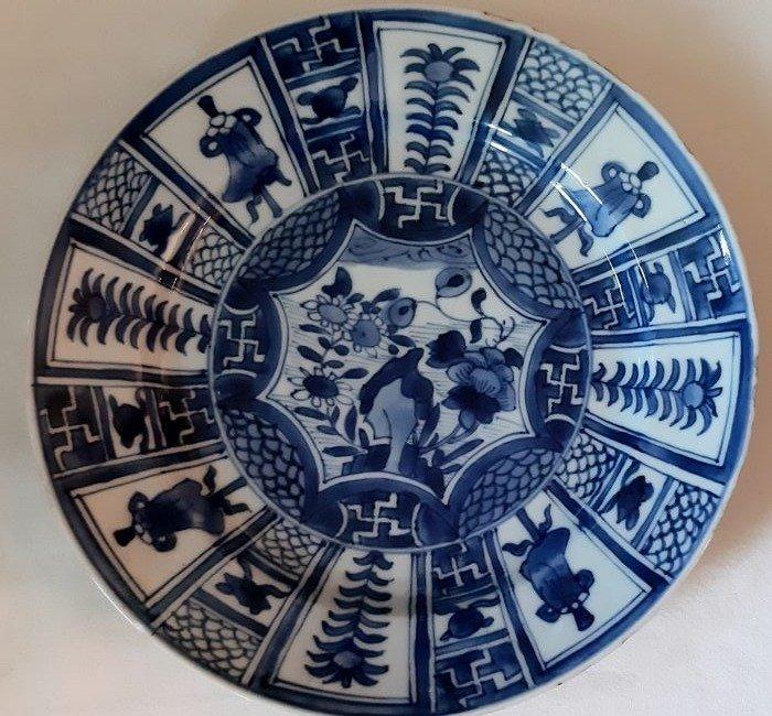 kangxi plate blue white (1) - Porcelain - China - Kangxi (1662-1722)