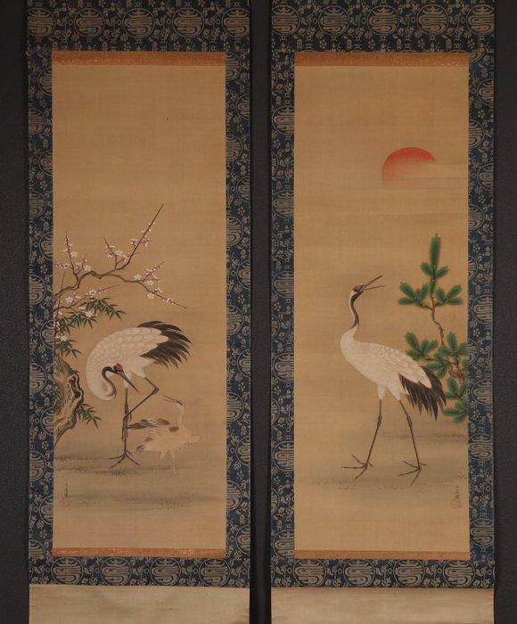 Hanging scroll (2) - Bone, Silk - Very fine pair of crane scrolls, signed - including original tomobako - Japan - Late Edo period