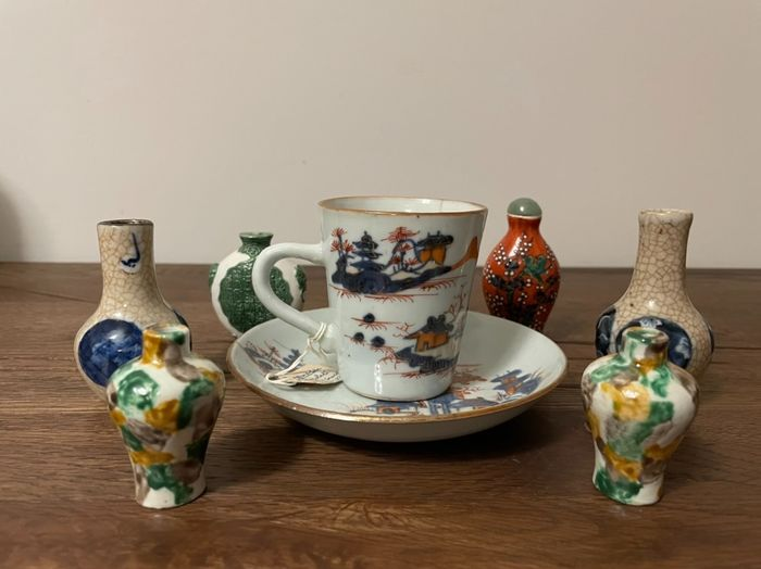 Cup, Dish, Snuff bottles (8) - Porcelain - China - Qing Dynasty (1644-1911)