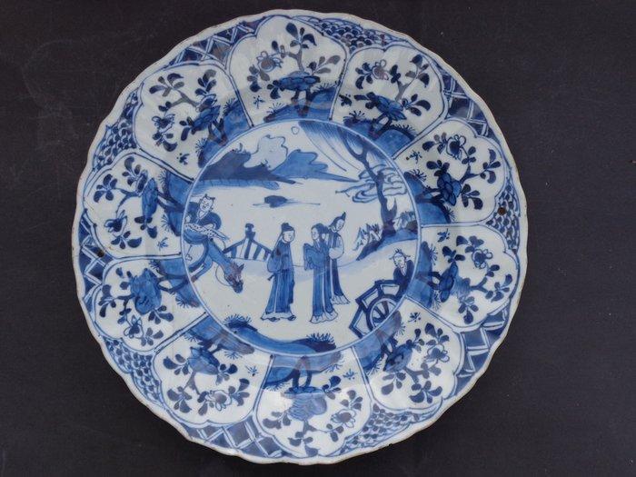 Saucer (1) - Blue and white - Porcelain - Warrior - Drie leizen met paard - China - 18th century