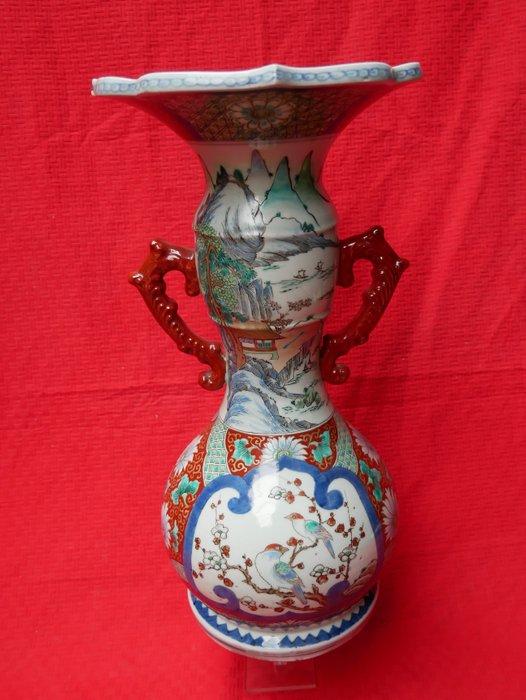 Vase (1) - Arita - Porcelain - prachtige vaas, marked 'Zōshuntei Sanpo zō' 蔵春亭三保造 - Japan - Meiji period (1868-1912)