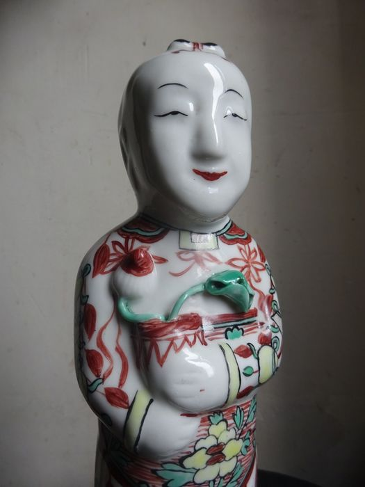 Ho Ho Boy porcelain statuette - Famille verte - Porcelain - China - Qing Dynasty (1644-1911)