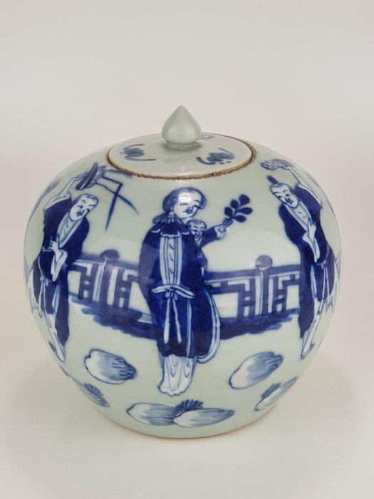 Pot - Porcelain - Blue white lidded pot - China - 19th century