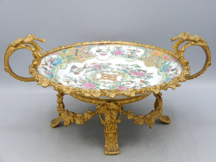 Plate in gilt bronze mounts - Canton - Porcelain - China - Guangxu (1875-1908)