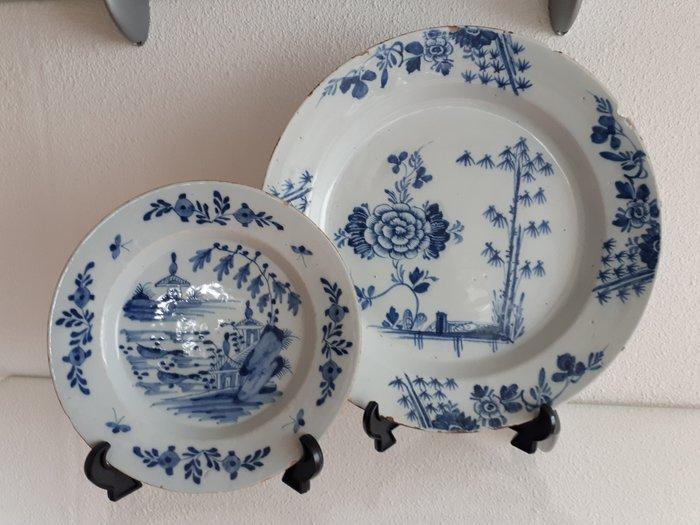 Delft, Plateelbakkerij - Plates (2) - Earthenware