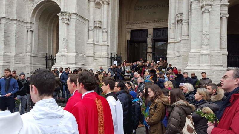 Resultado de imagen para Fraternity of the Holy Apostles in Brussels, Belgium