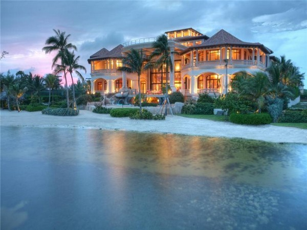 Luxurious Reasidence Freshome04 Ultimate Luxury: Mind Blowing $59,500,000 Mansion in the Cayman Islands