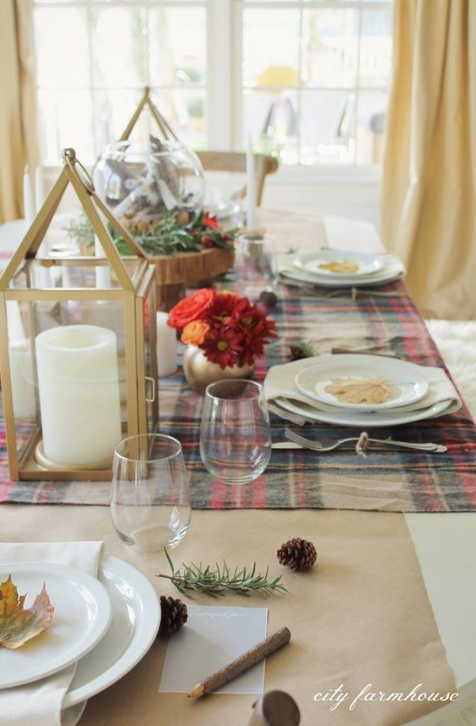 Roundup: 10 Unique Thanksgiving Tablescapes To Inspire You