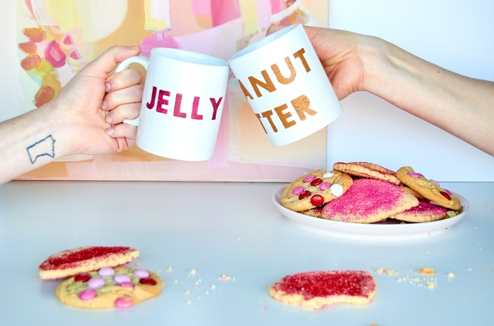 DIY 'Perfect Pair' Galentine's Day Mugs for your Best Friend