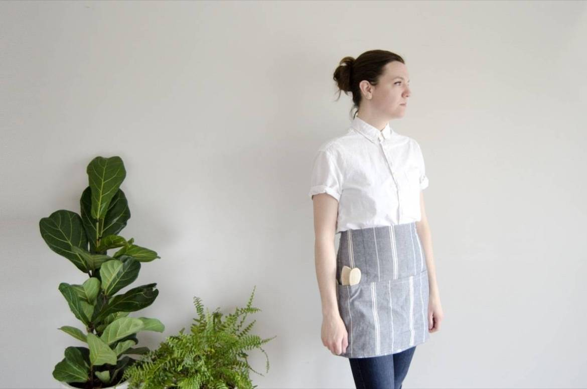 How to make a simple half apron in half an hour
