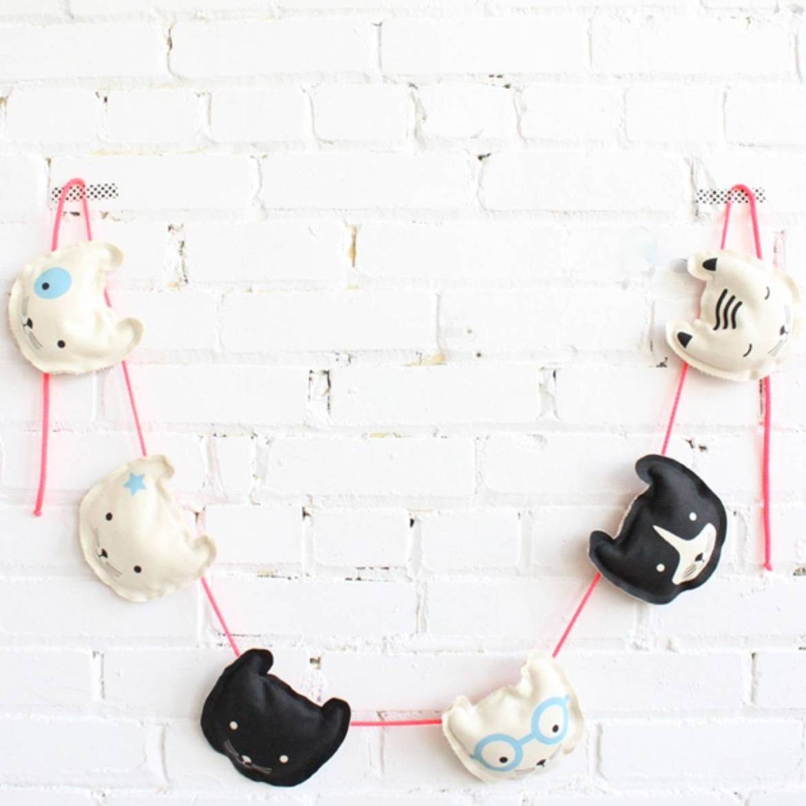 Kids garland idea from Babsouk | 75 DIY Kids Decor Ideas