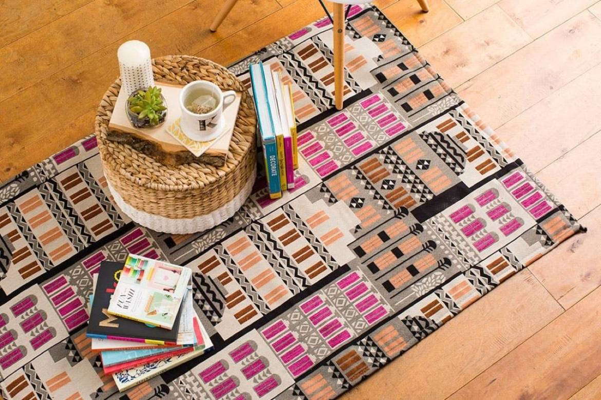 99 ways to use fabric to decorate your home   DIY floor rug