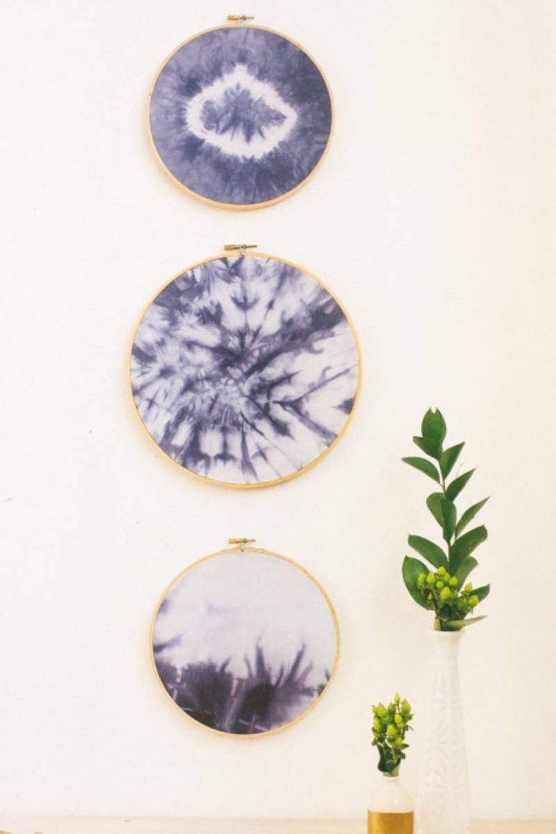 99 ways to use fabric to decorate your home   Embroidery hoop framing