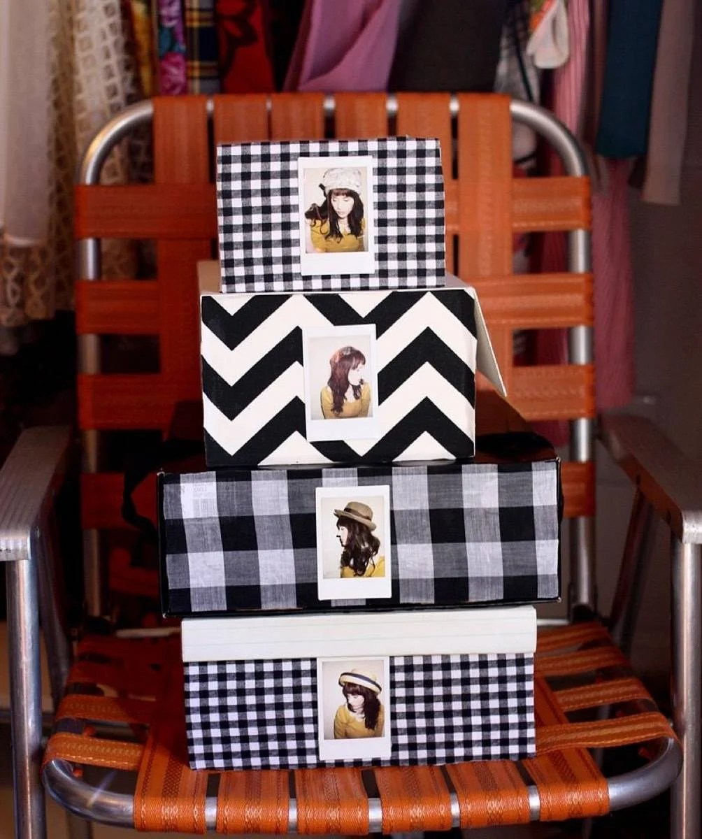99 ways to use fabric to decorate your home   Fabric-covered storage boxes