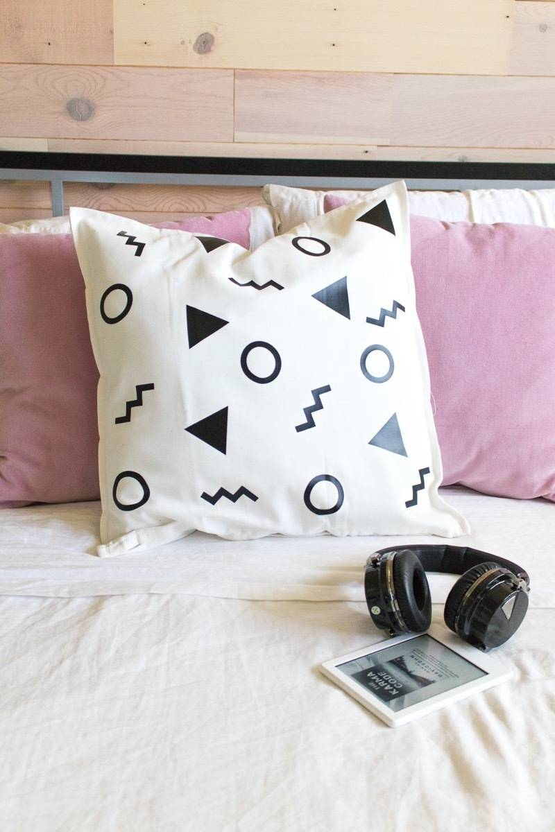99 ways to use fabric to decorate your home   Accents with iron-on vinyl