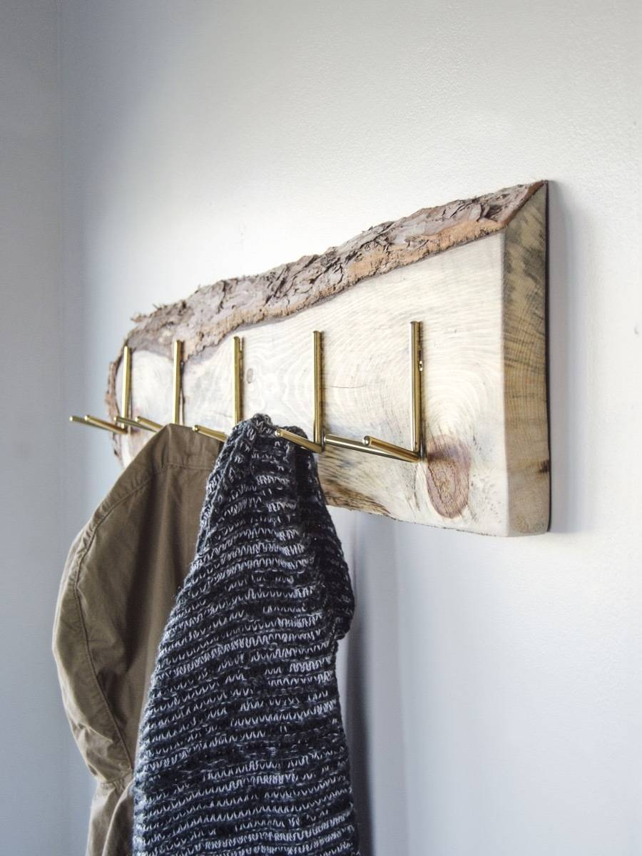 How to make a wall-mounted coat rack from a wooden board