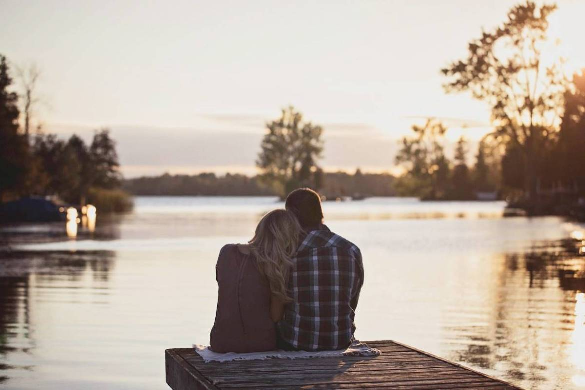 Date ideas that don't suck - 82 things to do on Valentine's Day