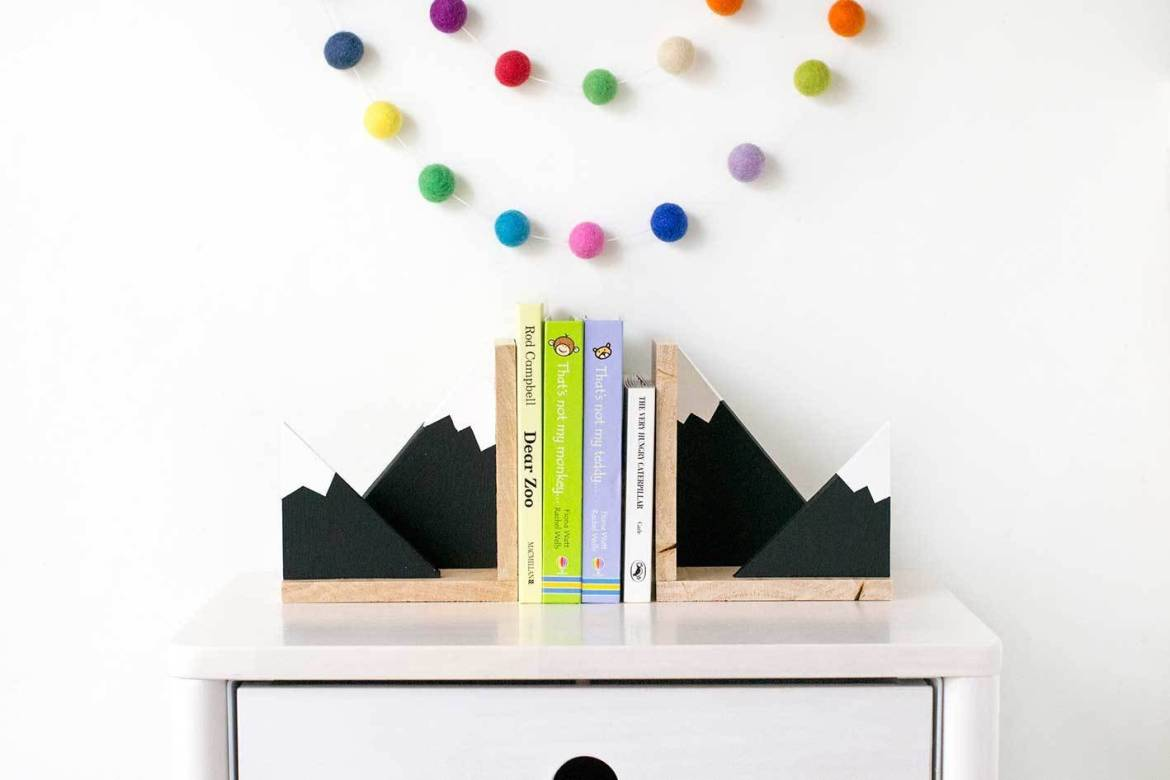 Make it: Sweet DIY mountain bookends for your little one's nursery