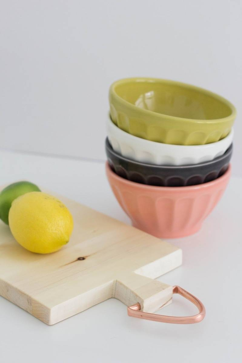 DIY Mother's Day Gift Ideas: Cutting board