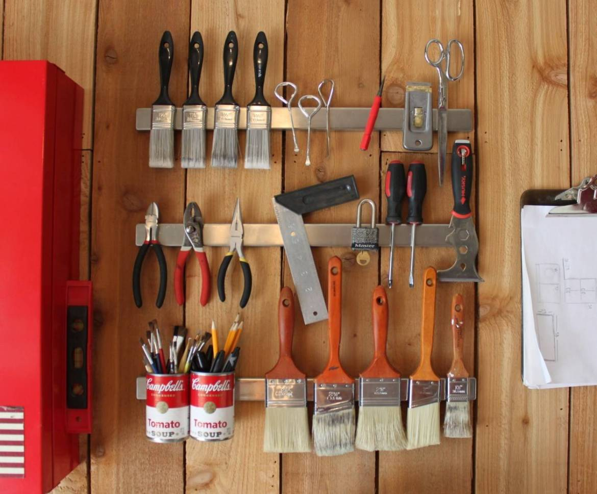 Tidy up your tools with magnetic knife racks