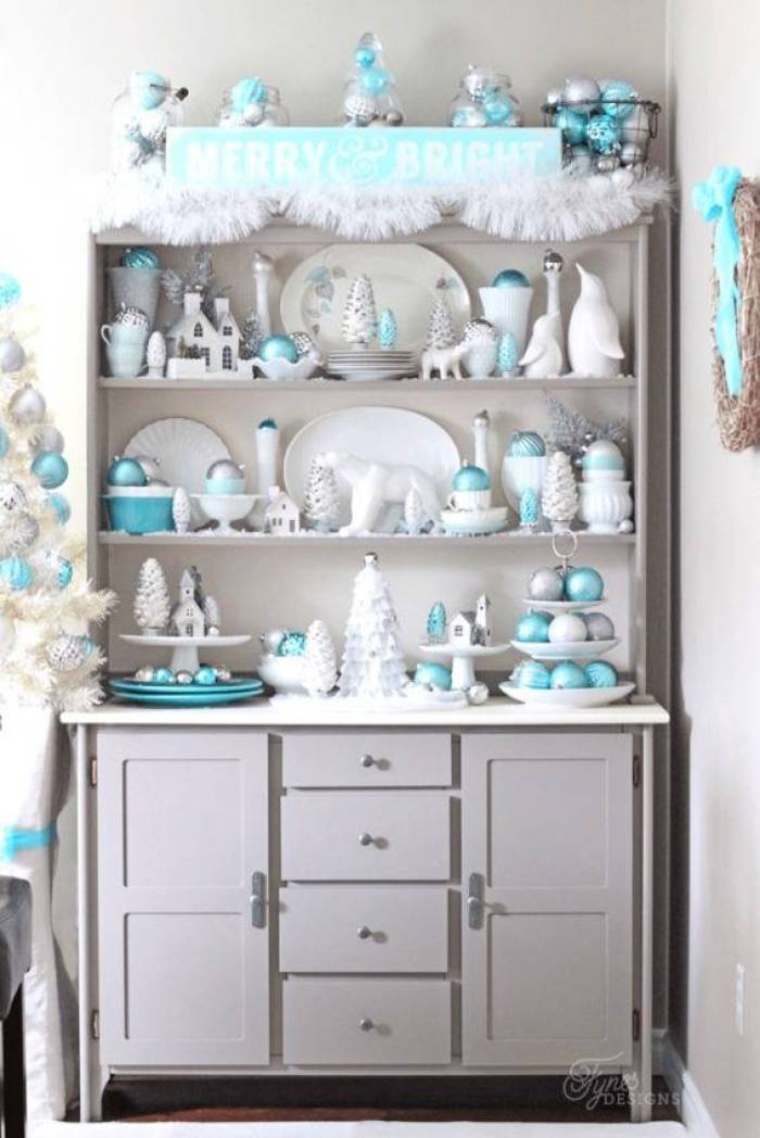 Light blue, white, and silver Christmas color scheme