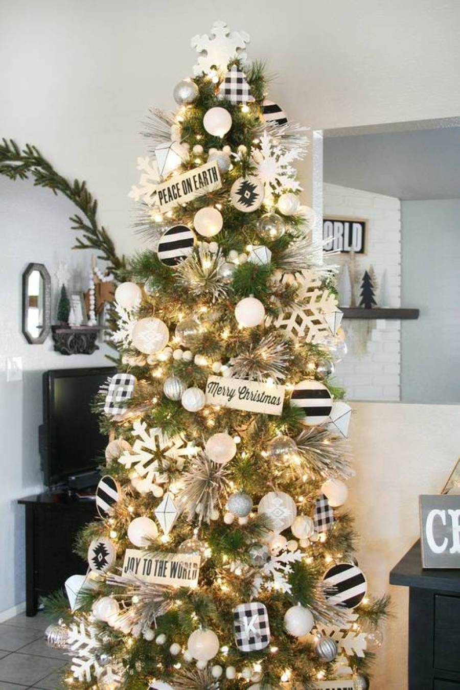 Black and white Christmas color scheme