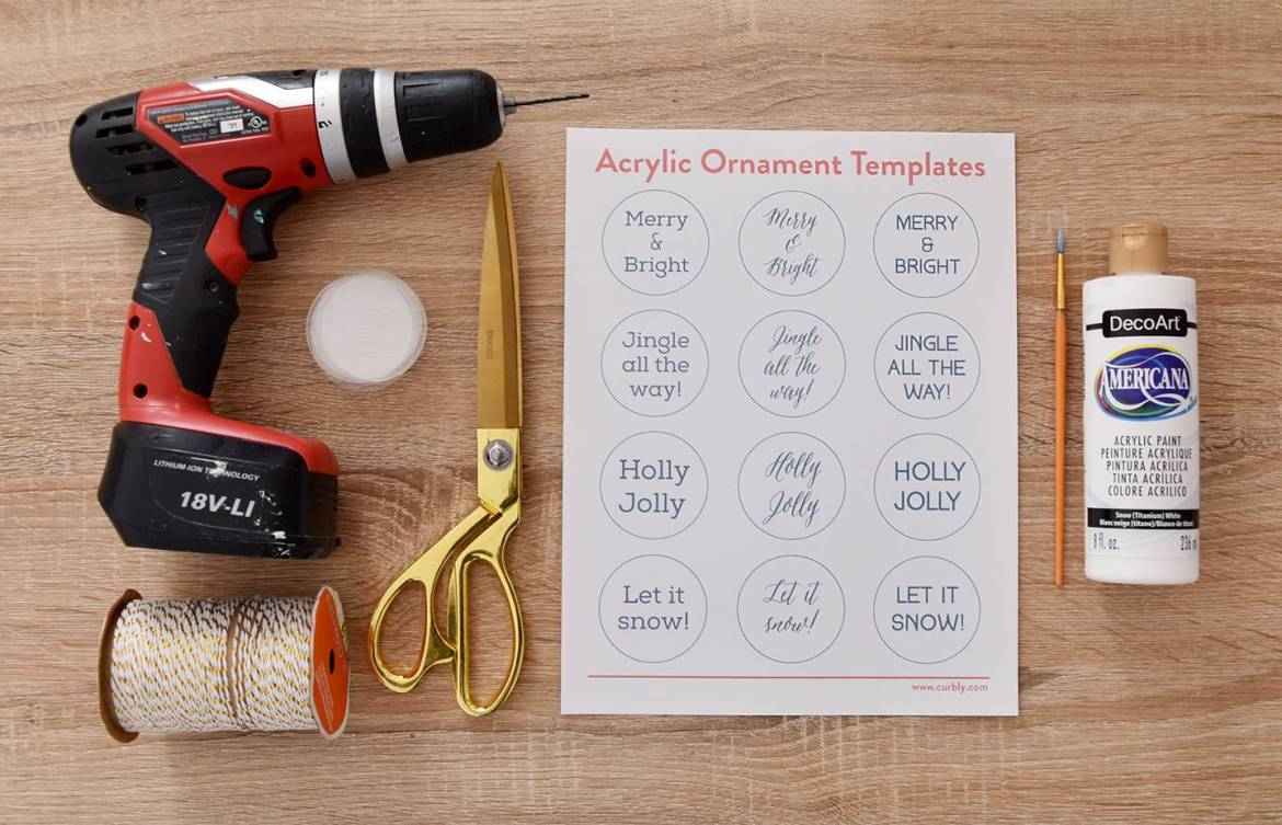 DIY Hand Lettered Acrylic Ornaments | Curbly #christmas #ornaments #minimalist