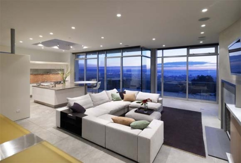 Beautiful And Luxurious Dream House Design / Design