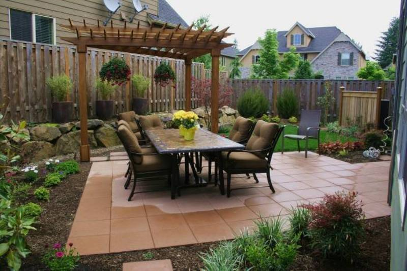 Beautiful Small Backyards Design To Beautify Your Home ... on Small Backyard Ideas id=25344