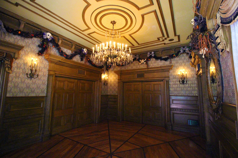 our haunted mansion bathroom makeover