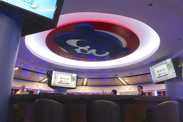 Whats It Like To Live Large In New Cubs Clubhouse Take A