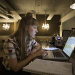 10 Lucrative Side Gigs Ideal for Millennials Looking to Earn Extra Cash