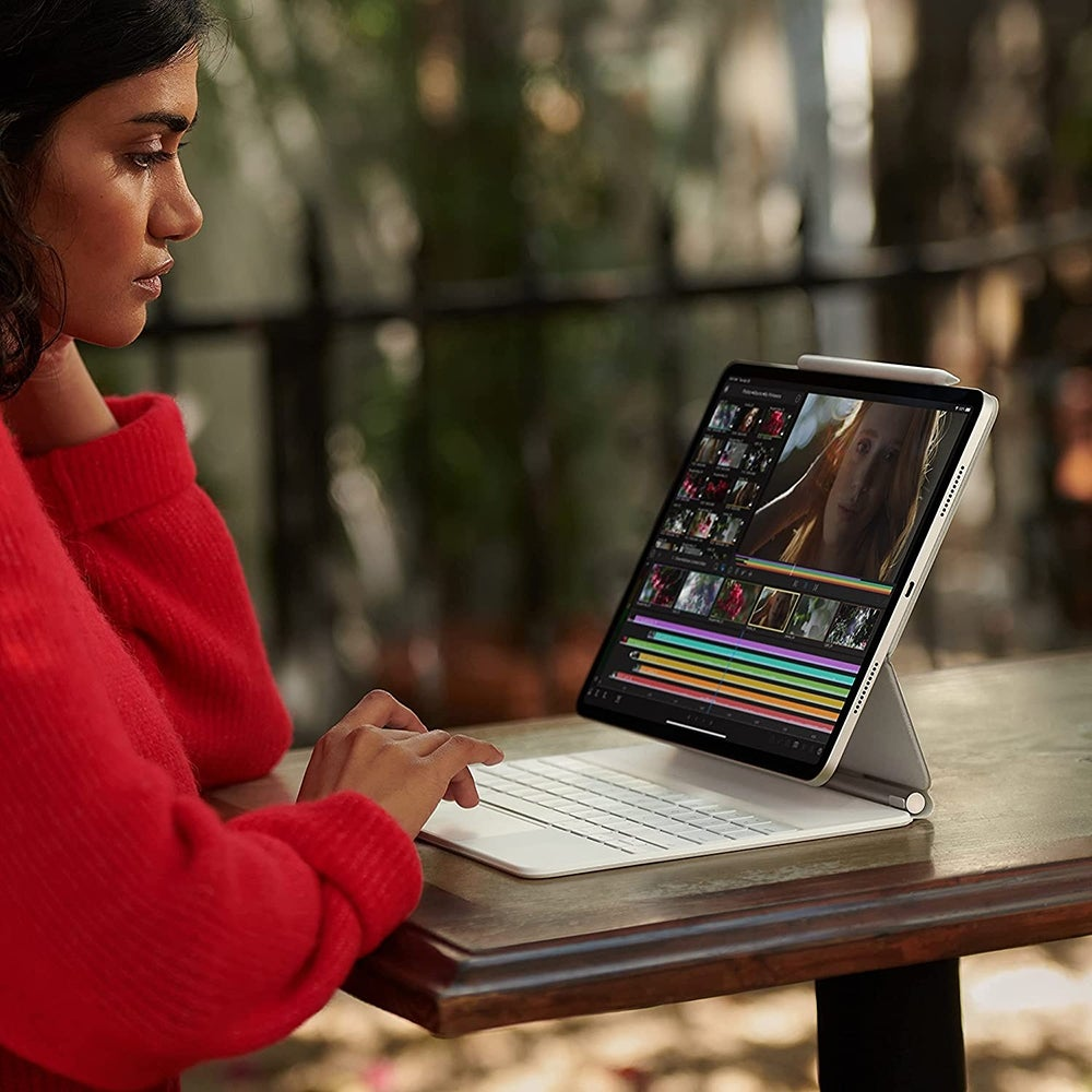 Best for Reading and Web Browsing: iPad Pro 11 M1