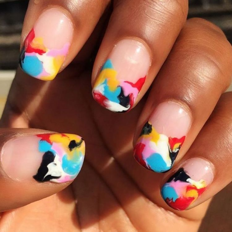 This Entrepreneur S Eye Catching Insram Keeps Her Nail Salon 100 Percent Booked
