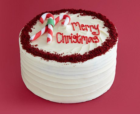 The 11 Best Christmas Cakes To Buy Heart