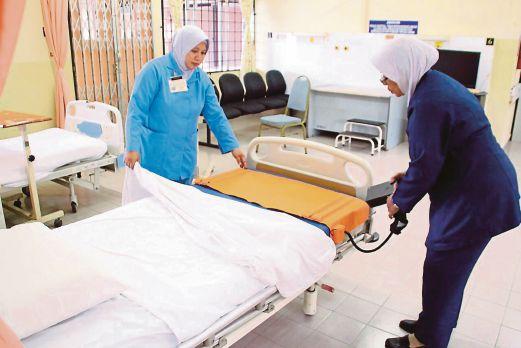 Hospital Room at Hospital Sultanah Nur Zahirah