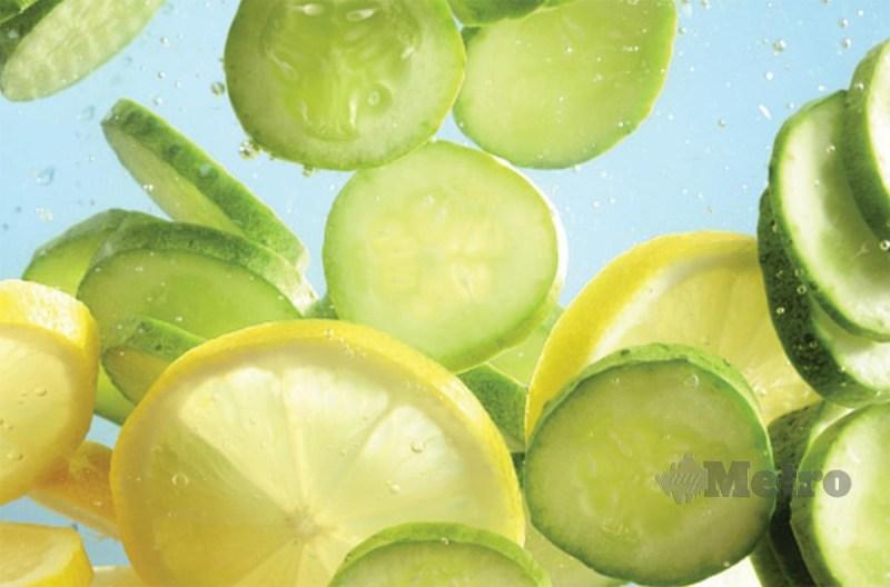 TIMUN dan lemon mempunyai elemen baik dalam menyingkirkan toksin badan.