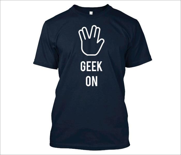 geek-on-t-shirt