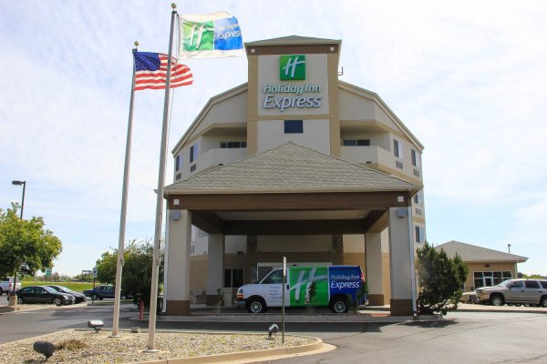 Jobs at Holiday Inn Express Colorado Springs Airport ...