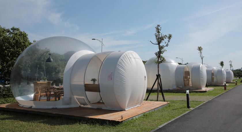 【八里文化公園露營區 泡泡窩】躺在泡泡裡仰望星空 | HotelMyList