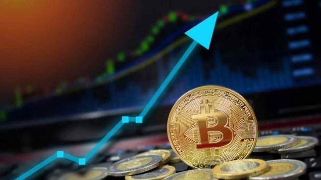 Comprar un bitcoin es una inversión que conlleva sus riesgos por su volatilidad.