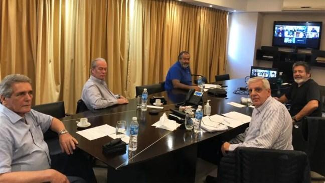 Los gremialistas visitaron a los legisladores con listas de pedidos sobre Ganancias