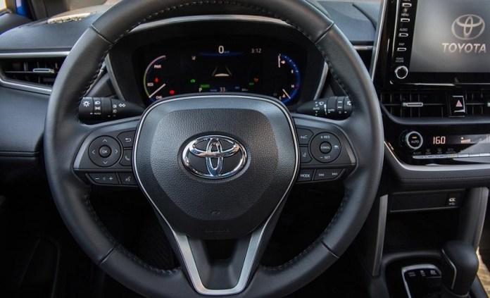 Así es por dentro el nuevo Toyota Corolla Cross.