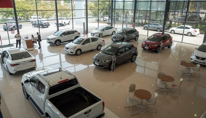 Todos los modelos Nissan en el nuevo concesionario.