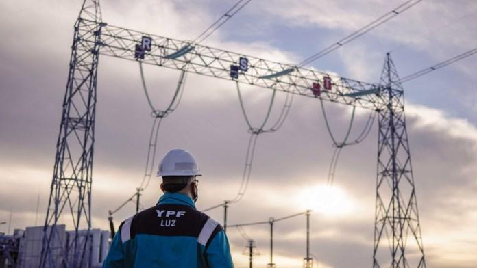 YPF Luz apunta a la eficiencia con un mix de fuentes de generación eléctrica.