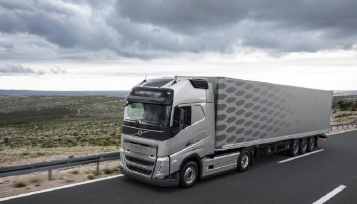 Nuevos camiones Volvo: llegan a fin de año.